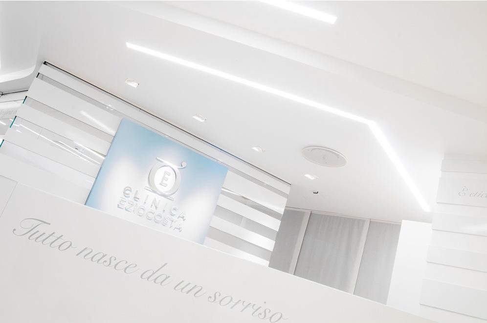 L'ingresso della Clinica Ezio Costa